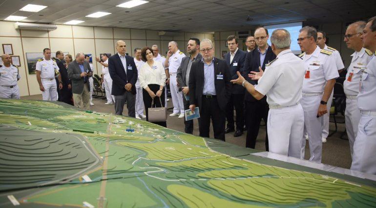 Diretoria da SBMN acompanha visita de comitiva Federal à Aramar